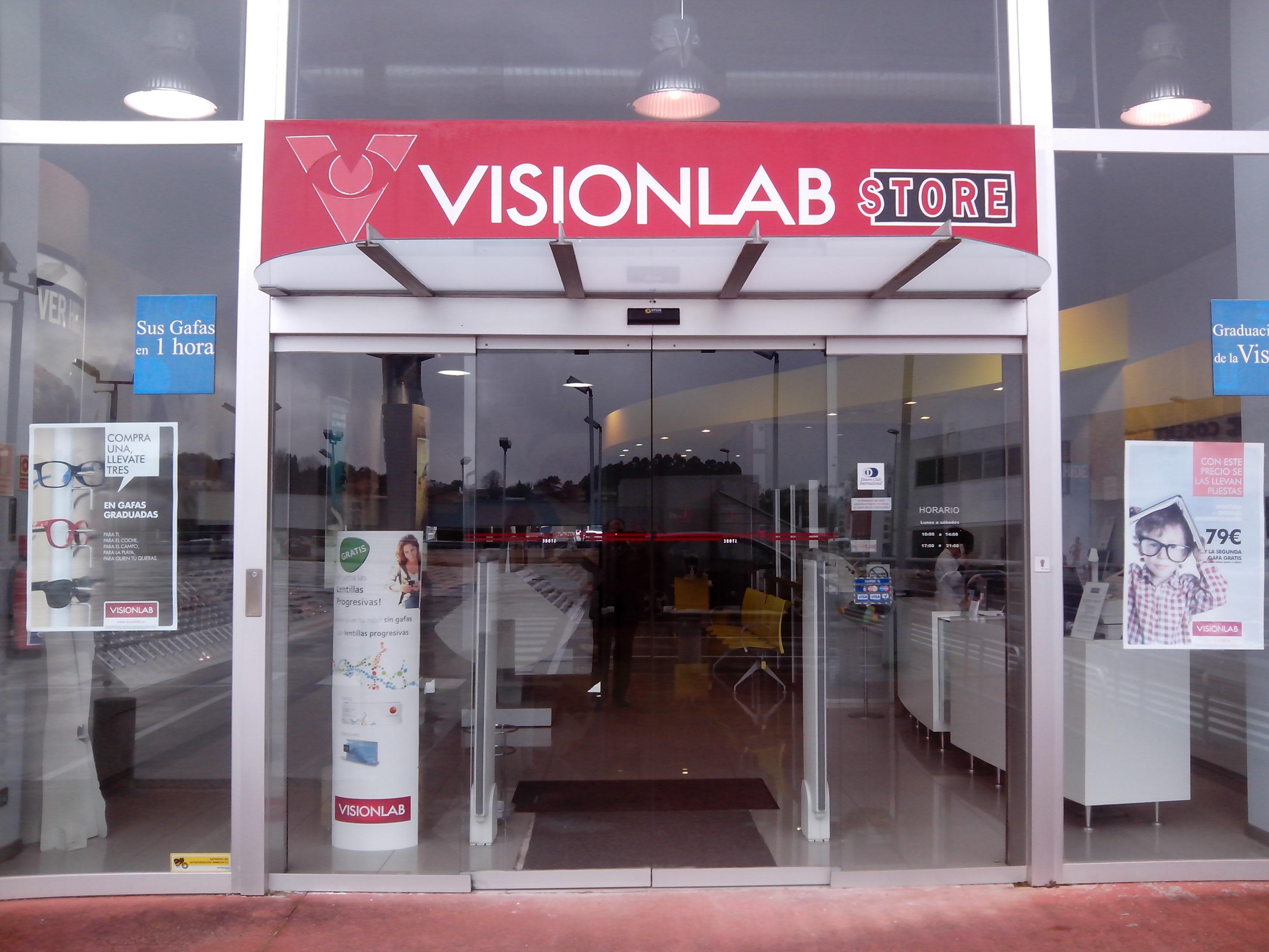 Tienda de Visionlab en el centro comercial Parque Oleiros, en A Coruña: FUENTE: Visionlab