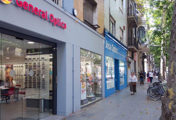 Establecimientos de óptica en barcelona. FOTO: Modaengafas.com