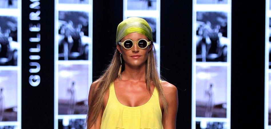 Las gafas de Guillermina baeza by Cione fueron protagonistas durante Moda Cálida.